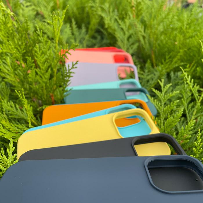 színes iPhone 13 tok